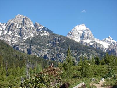 La montée (pas bien dure) est face à grand Teton.
